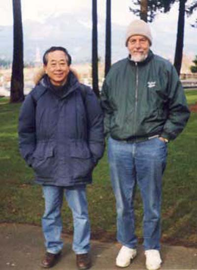 Hideo Kozima and John Dash in Portland, February 2001 (courtesy of Hideo Kozima).